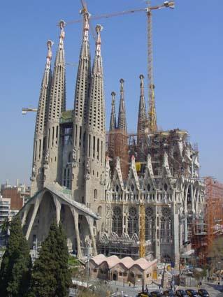 Gaudí  La Sagrada Familia en el año 2003 e207acc2fd7