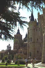 Gaud� Astorga episcopal palace and the cathedral