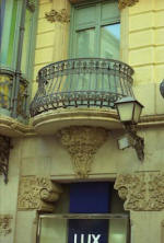 Lleida: Llorens House  Capitals and balcony