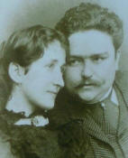 Alb�niz with his wife Rosina Jordana