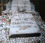Burial of Isaac Alb�niz in the Cimetery of Montju�c in Barcelona