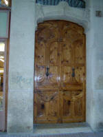 Pere Casellas i Tarrats: Iglesias House, main door