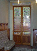 Dom�nech i Montaner:  Reus   Pere Mata Institut   Music room, a door with stained glasses Sala de M�sica  Porta amb vitrall i sof�