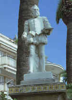 Reyn�s: Sitges, Monument to El Greco