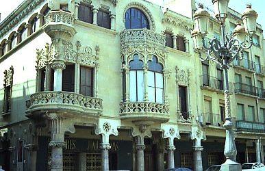 Domènech i Montaner – Navas House