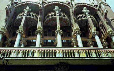 Domènech i Montaner – Palau De La Musica Catalan (Palace of Catalan Music)