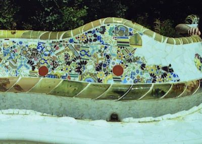 G_Park_Guell_Banc_v_frontal_11
