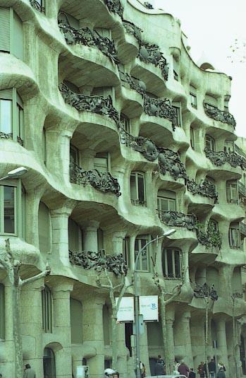 G_Pedrera_Facana_carrer_Provenca