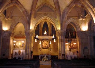 Gaudi Sagrada Familia Cripta bis