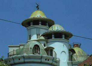 Jujol Torre de la Creu Vista posterior 2