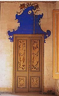 Jujol_Can_Negre_Porta_decorada