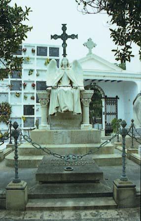 M._Fuxa_Cementiri_Sitges_Panteo_Carreras_1907_