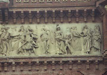 Reynes Arc Triomf Barcelona rep les nacions dre