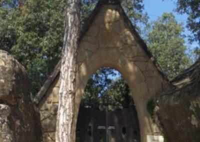 Cementiri Olius Entrada vertical