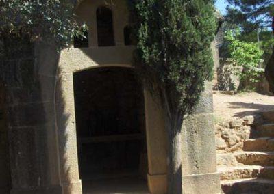 Cementiri Olius Mausoleu entrada