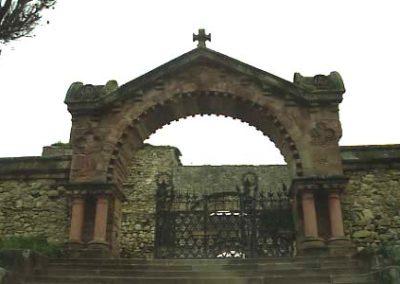 DiM_Cementiri_de_Comillas_Porta_VG